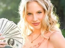 lady with fan of cash