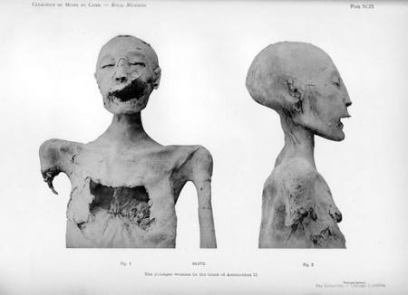 egypt-mummy-Akennhaten