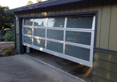 contemporary-glass-garage-door-4