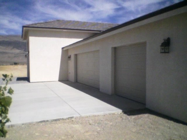 rv garage builders in Phoenix: custom design and construction of your new rv garage