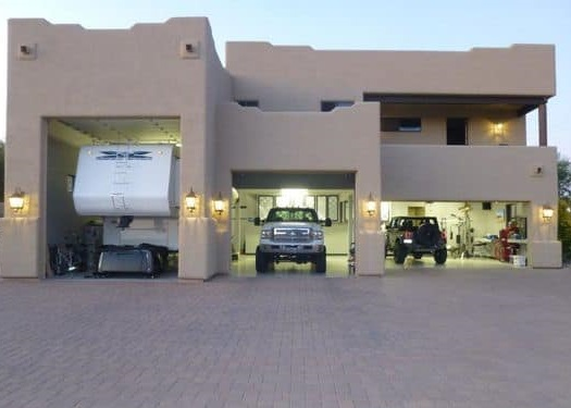 Homes with an RV GARAGE in Tucson AZ